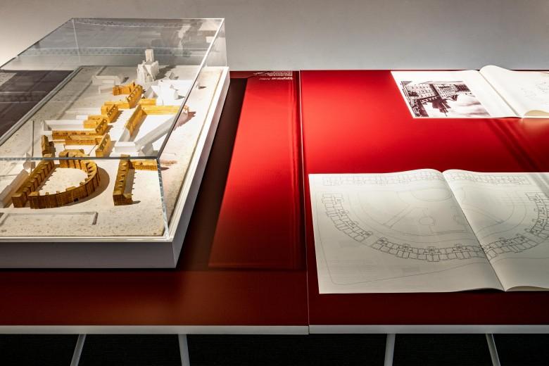 Strategien der Moderne Exhibition Design 7